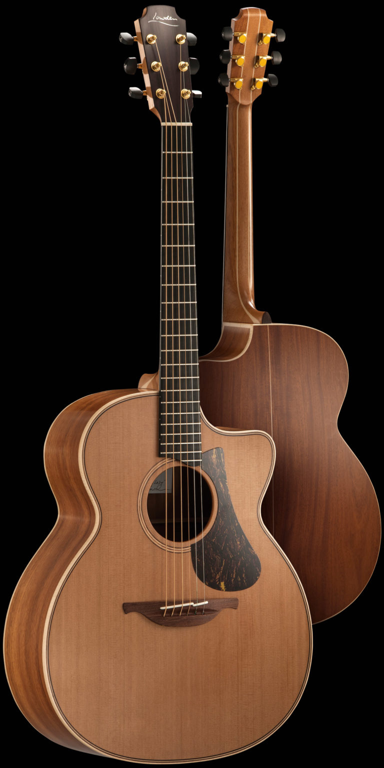 img-guitar-oldlady-front